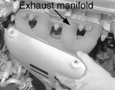 How to Replace the Exhaust Manifold on All 1999 - 2005 Toyota